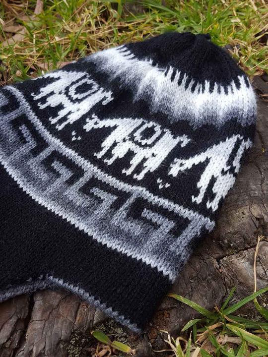Beanie Alpaca Design Black