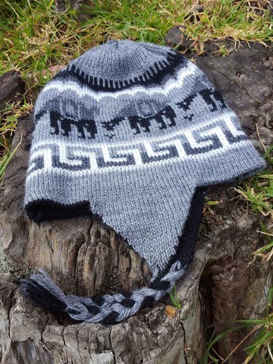 Beanie Alpaca Design Grey