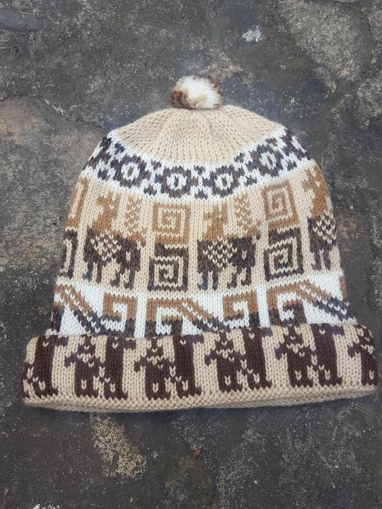 Beanie Andean Figure Light-Brown