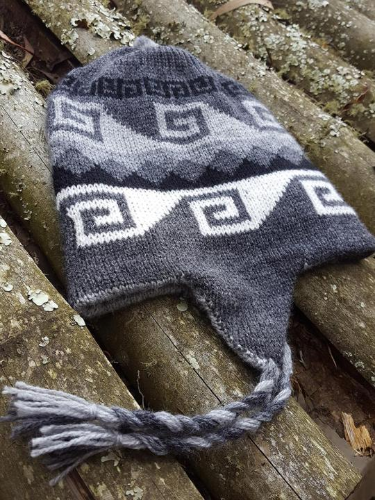 Beanie Geometric Design Dark-Grey