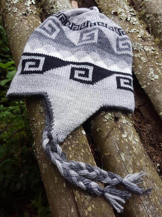 Beanie Geometric Design Light-Grey