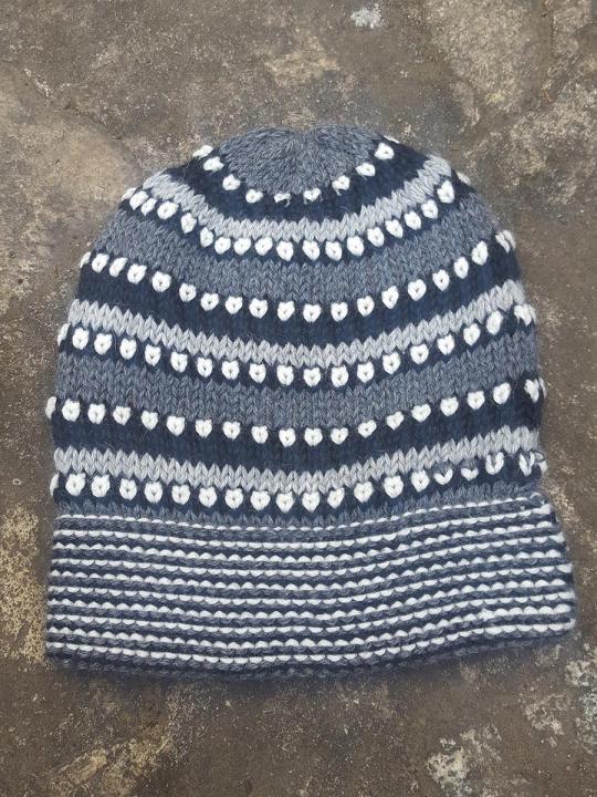 Beanie Spots-Lines Dark-Grey