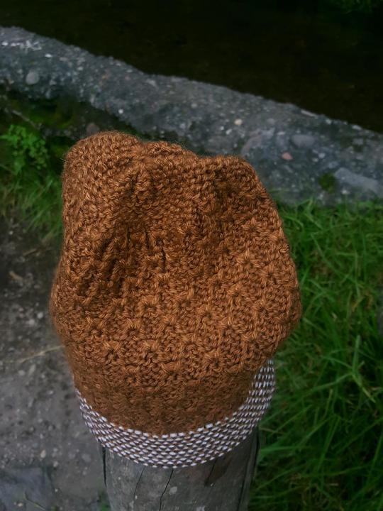 Beanie Weave Light-Brown