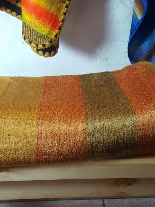Alpaca Blanket Shutter Golden
