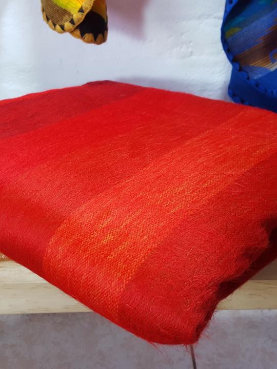 Alpaca Blanket Shutter Red