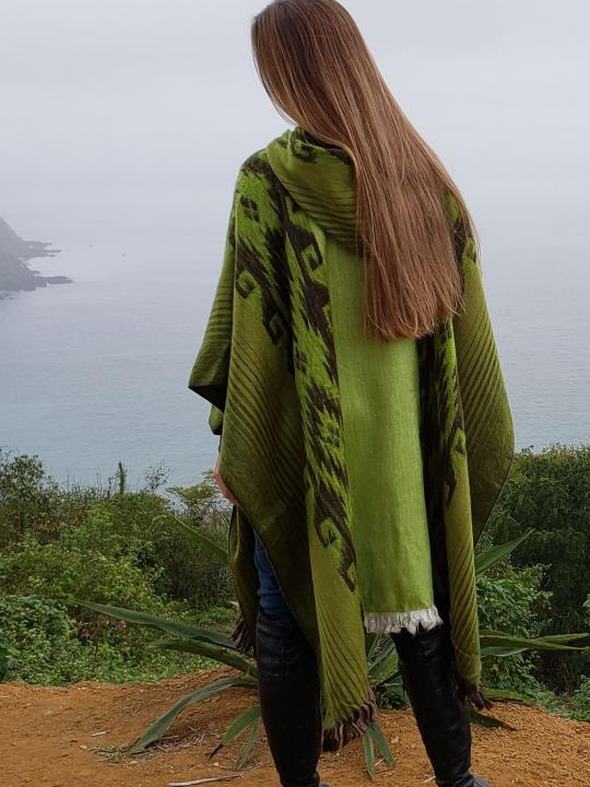 lpaca Poncho Hooded Closed Green wstripes