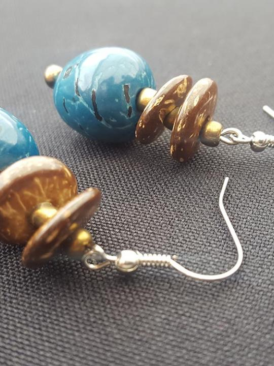 Earrings Pambil-Coco Shell Blue-Brown