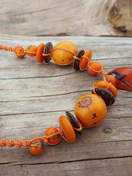 Necklace Tagua-Pambil-Acai Orange Sierra & Brown